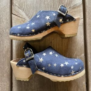 Hanna Andersson Blue Silver Stars Wooden Clogs 30
